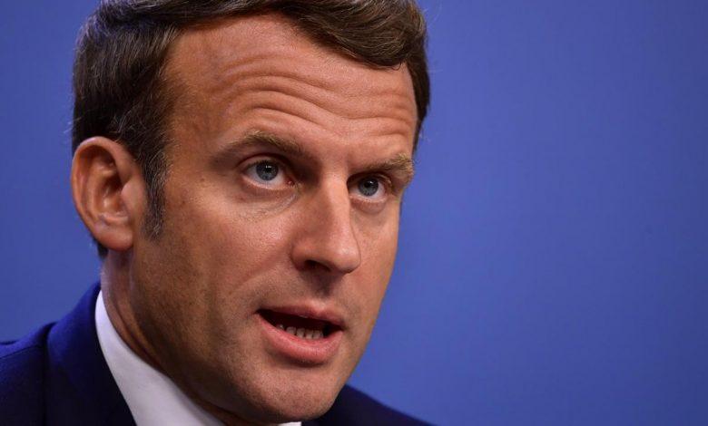 """En direct - Attentats à la bombe à Beyrouth: Macron met en garde contre """"toute ingérence extérieure"""" au Liban"""
